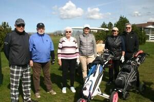 Niitväljal võtsid mõõtu nooruslikud ülepoolesajalised golfarid02