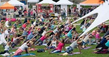 Suur joogaspikker! Haapsalu Joogafestivalil esinevad parimad joogaõpetajad Eestist ja välismaalt