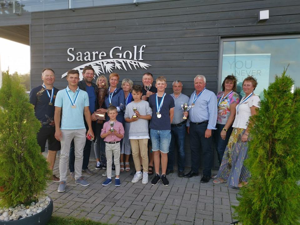 Saaremaa Golfiklubi meister Kaire Kastor: olen hobigolfar
