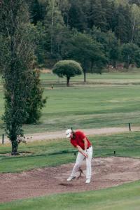 EBS golf 0118 31862